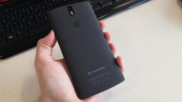 OnePlus_One_smartphone