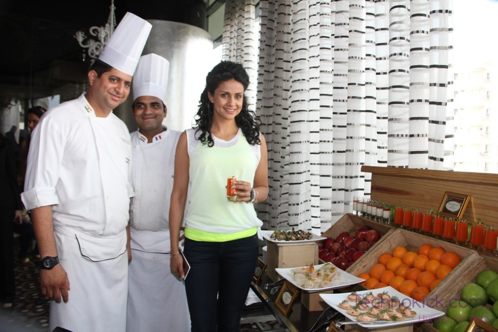 (L-R), Chef Prakash Lopez, Chef Prathamesh Gawade with Gul Panag at the FirstRun Application at SoFIT, Sofitel Mumbai BKC